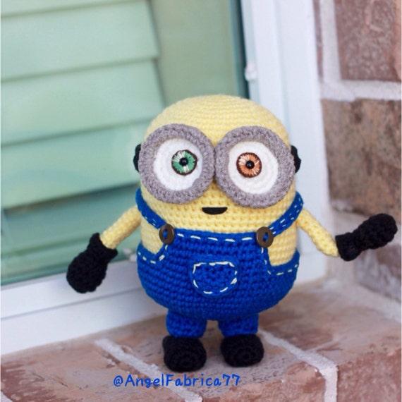Amigurumi Minion Bob : Minion BobBlue OverallsCrochet Amigurumi toyDespicable