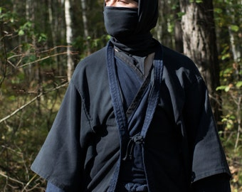 Shinobi shozoku - costume or spy-suit of ninja