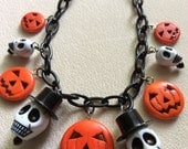 This is Halloween - 40s, 50s, 60s Vintage Halloween Style Charm Chain Necklace with Graduated Skulls and Jack O' Lantern Pumpkins