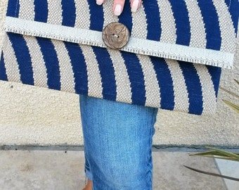 Blue and beige Pochette