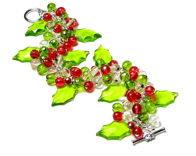 HOLLY BERRY Bracelet, Christmas Bracelet, Green Holly, Red Berry Bracelet, Holly, Accessories, Charm Bracelet, Holly Jewelry, Holiday, Gift
