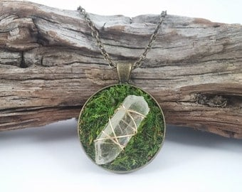 quartz crystal necklace healing stones clear quartz point stone necklace brass pendant moss necklace woodland jewelry fairy jewelry