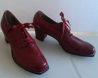 Vintage 1940's Miller Foot Defender Burgundy Oxblood Leather Shoes Lace Up Chunky Heel Sz 7 GORGEOUS
