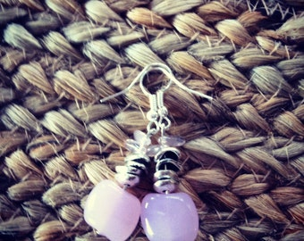Simple and pretty. Light pink, glass bead earrings