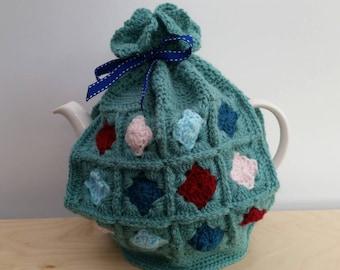Retro-style granny square tea cozy- sage green