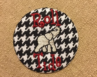 Alabama Gameday Button/Pin, Perfect for any game day outfit!