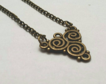 Bronze necklace with triangle pendant