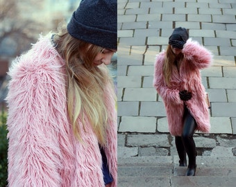 Faux fur coat / powder pink alpaca coat / rose quartz coat / shaggy fur coat / Fake fur coat/ Blush pink coat/ Fluffy coat/ burning man coat