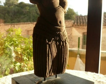 Sculpture Indian sandstone Venus