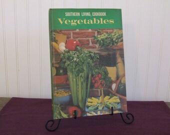 Southern Living Cookbook, Vintage Cookbook