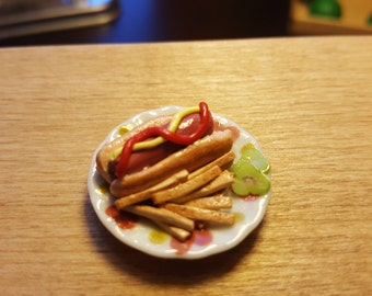 Miniature Hotdog and French fries dollhouse miniatures