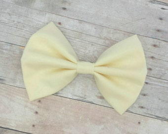 Pastel Yellow Fabric Hair Bow Clip or Headband / Pastel Yellow Bow / Yellow Hair Bow Clip / Yellow Bow Clip / Light Yellow Hair Bow