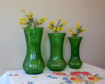 Green Glass Vases 3, Vintage 1980s by HOOSIER GLASS, Graduated Sizes in same design and color, Small #4 , Medium #4090, Large #4091