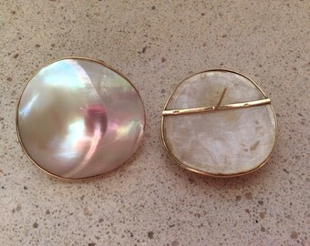 Vintage Glamour 14k Gold Mother of Pearl Estate Earrings