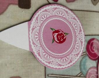5 Rose in a Pink CIrcle