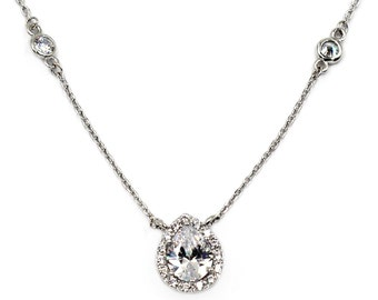 Elegant crystal droplets silver necklace