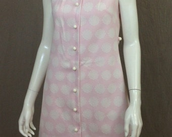 classic 60s pink and white sleeveless dress