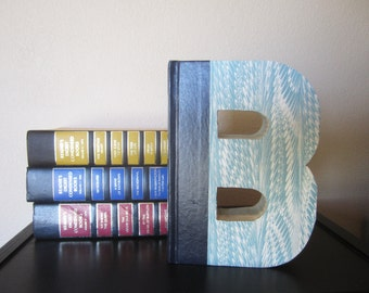 Letter B Monogram READY TO SHIP - Reader's Digest Book Letter -  Wedding Gift - Book Lover's Gift - Library Letter - Vintage Book Letter