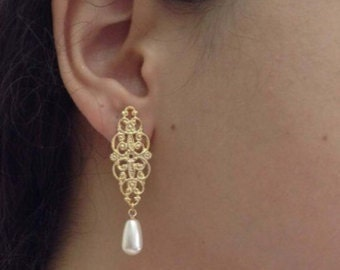 Gold Filigree Earrings, Gold and Pearl Earrings, Bridal Earrings, Wedding Jewelry, Bridesmaids Gift