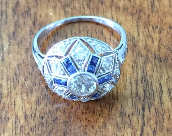 Platinum vintage ring
