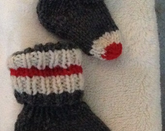 Hand Knit Baby Socks Newborn to 6 months Soft Machine Washable