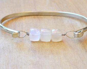 White Chalcedony Bracelet, Gemstone Bangle Bracelet, Chalcedony Gemstone Bracelet, Gold / Silver Stacking Bracelet, Chalcedony Bead Bracelet