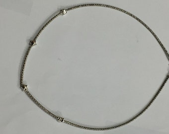 Choker necklace with stars