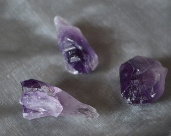 4 Amethyst Crystal Points for healing, Reiki and meditation