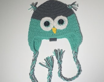 Size 0-6 month Mint Green Owl Hat