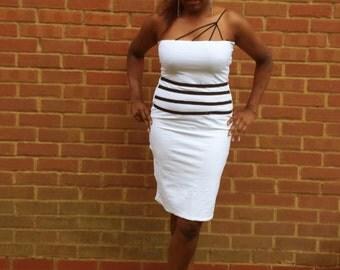 Soft stretch white dress with black stripes SDZ0023