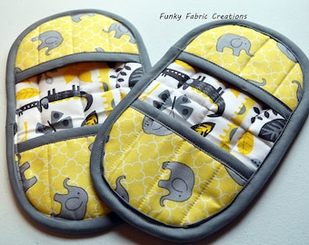 Elephant Pot Holders, African Pot Holders, Yellow Pot Holders, Fingertip Pot Holders, Elephant Oven Mitts, African Oven Mitts, Hot Pad Set