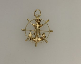 14ct Ship Wheel & Anchor Charm
