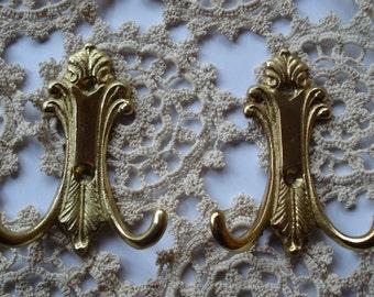 Set of 2 Vintage Brass Hanger Hooks/Country Style Ornate Brass Hooks/Brass Coat Hangers/1990s/Unused