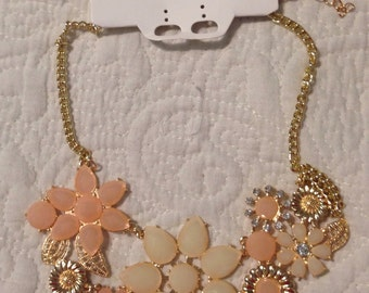 Neutral Necklace - floral necklace