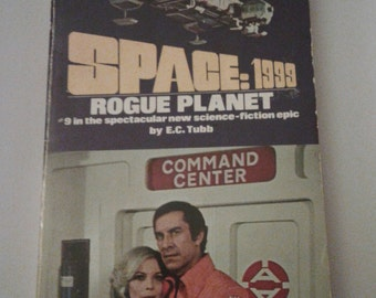 1976 - Space:1999 Rogue Planet/Space 1999 first season/Rogue planet/vintage science fiction books/old books/science fiction/vintage books