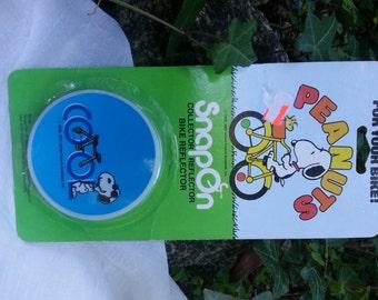 1971  Joe Cool  Bike Reflector  Snoopy  Peanuts  Original Packaging  Vintage