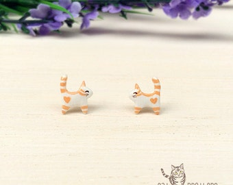 Tiny Orange Cat Earrings, Stud Earrings, polymer clay, hand sculpted, hand painted with Acrylic colors.