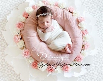 Newborn posing paper flower WHITE/ Photoprop /Photography prop /Newborn prop /Baby and maternity photography prop /Photo accessory