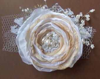 Wedding hair flower Bridal hair flower Wedding hair accessories feathers Bridal hair accessories Wedding headpiece Lace  Vintage Beige