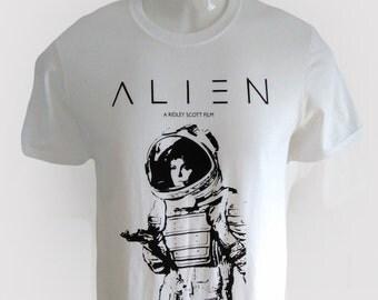 alien weyland yutani nostromo 1979 sci fi film movie  space ship ripley  colonial marines tee t shirt