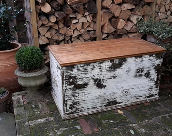 Large Vintage Distressed Painted Pine Blanket Box Storage Trunk Rustic Chest Coffee Table