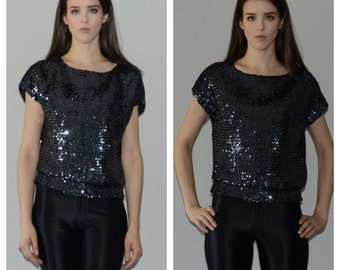 Sequin, T-shirt Top. Size small-Medium