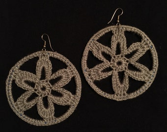 Gray Circle Earrings made with Yarn