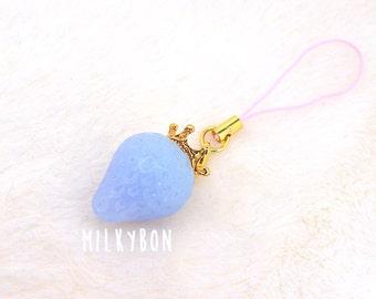 Fairyberry charm (light)