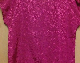 CLEARANCE was 25 now 9. 80s/early 90s Vintage Geometric Raspberry Blouse