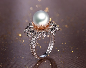 White Pearl Filigree Ring,Pearl Flower Gold Ring,Leaf Gold Filigree Ring,Pearl Ring,June Birthstone Ring,Pearl Engagement Ring,forest ring