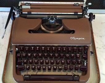 Vintage Typewriter - Mid Century Modern Olympia Werke AG SM3 Working Typewriter with Case - 1950's - German Made