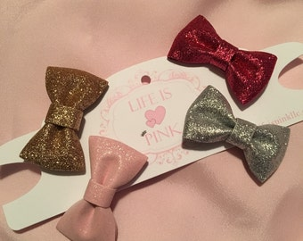 Set of 4 Glitter Bow Clips