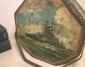 Vintage Loose-Wiles Sunshine Biscuit Tin Navy Battleships New York USA 1930s