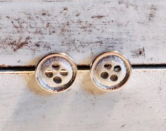 Born to be Loved. Sterling silver earrings. Button